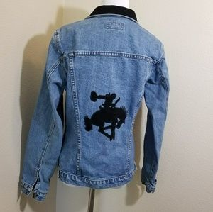 Vintage western jean jacket with bucking horse M
